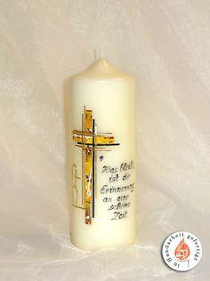 Hier findest du eine Auswahl an verschiedenen Kerzenmodellen. Je nach Motiv und Geschmack zeige ich hier Trauer, Tauf, Hochzeits und Weihnachtskerzen. Diy Candles, Pillar Candles, Candle Art, Candle Making, Decoupage, Creative, How To Make, Banner Ideas, Candles