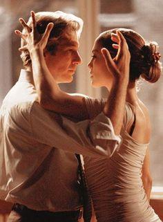 """Dal 1912 la Missione delle Scuole di Ballo Arthur Murray nel Mondo è """"ballare divertendosi"""".  Siamo al servizio di chiunque voglia imparare a ballare in un ambiente confortevole e rilassante.  Un metodo innovativo che nel corso degli anni ha raggiunto la fama Internazionale.   Nelle nostre sedi si potranno imparare ben quaranta balli di coppia: tutti i balli da sala in """"American Style"""" e..."""