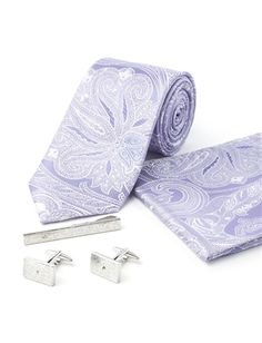 769b5edfe68d Jeff Banks The Ultimate Lilac Paisley Wedding Box The set features a tie  and pocket square