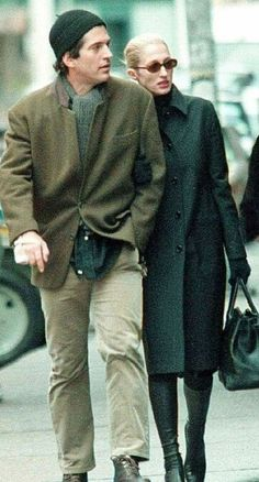 Jfk Jr and wife Carolyn Bessette in NYC  Both killed in an airplane crash July 16th 1999 .RIP