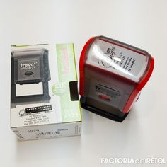 #trodat #segells #segellsdegoma #personalitzacio #factoria #factoriadelretol #wearefactoria #fdr #manresa Driving School, Nintendo Consoles, Phone, Jelly Beans, Telephone, Phones