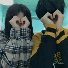Find images and videos about girl, boy and couple on We Heart It - the app to get lost in what you love. Mode Ulzzang, Korean Ulzzang, Ulzzang Girl, Couple Goals, Cute Couples Goals, Couple Ulzzang, Couple Aesthetic, Photo Vintage, Korean Couple