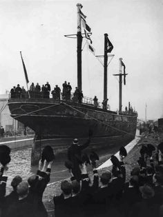 The Cutty Sark being cheered by Naval officers as she is towed into her new berth at Greenwich in 1954 (Photo by Ron Burton/Keystone/Getty Images) Old Greenwich, Greenwich London, Vintage London, Old London, British History, Uk History, Old Sailing Ships, Jewel Of The Seas, Vintage Photographs