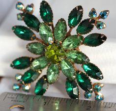 Mint Vintage Brooch and  Emerald Green Rhinestone on Etsy, $45.00