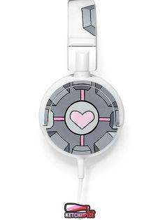 Companion Cube handpainted headphones by Ketchupize Best Headphones, Companion Cube, Geek Out, Ipod, Geek Stuff, Anime Life, Speakers, Portal, Tecnologia