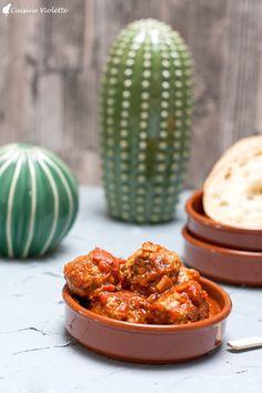 Albóndigas en salsa (Spanische Hackbällchen)