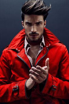 In this Mariano Di Vaio Best Model Men Hairstyle article we will show all her hairstyle. We collect all the hair models under one roof, 2016 Hairstle, Different Beard Styles, Beard Styles For Men, Hair And Beard Styles, Photography Poses For Men, Mode Masculine, Best Model, Haircuts For Men, Stylish Men, Male Models