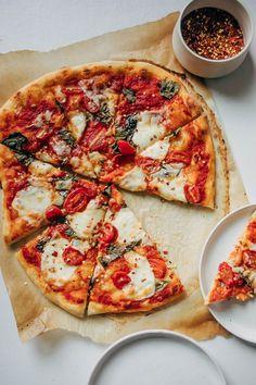 Sourdough Pizza, Sourdough Recipes, Bread Recipes, Making Pizza Dough, Entree Recipes, Dinner Recipes, Mexican Breakfast Recipes, Perfect Pizza, Savoury Baking