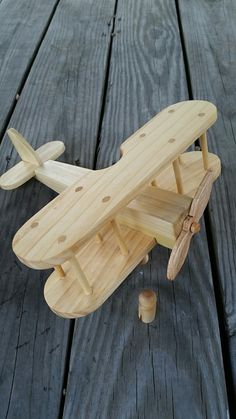 woodworking - See more SimpleWood Toy Ideas Like These At michaelamorse com wooden toys Wooden Airplane, Wooden Toy Trucks, Woodworking Toys, Woodworking Projects Diy, Wooden Crafts, Wooden Diy, Diy Toys Wood, Wooden Children's Toys, Childrens Toy Storage