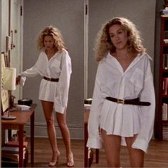 Carrie Bradshaw Sex and the City season 3 episode Hermes belt over a men's shirt (Big's) Carrie Bradshaw Outfits, Carrie Bradshaw Style, Fashion Week, 90s Fashion, Fashion Outfits, City Fashion, Tokyo Fashion, Fashion Vintage, Fashion History