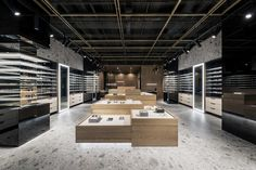 #Eyewear #showroom by #YoDezeen architects with #Iseo #MDi surfaces. #Inalcoprojects #Inalco #StyleIn #MDi