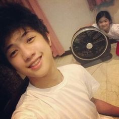 Ranz and Niana with a fan. Ranz Kyle, Vacuums, Home Appliances, Fan, House Appliances, Vacuum Cleaners, Kitchen Appliances, Hand Fan