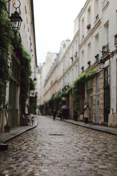 Le passage en Bastille, Paris.
