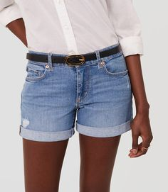 Denim shorts. Thumbnail Image of Color Swatch 7568 Image of Denim Roll Shorts in Original Light Wash