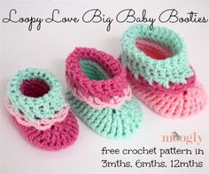 These colorful crochet booties work up quickly in sport-weight yarn. Loopy Love Big Baby Booties - Media - Crochet Me