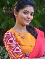 Kadhal Kan Kattuthe Actress Athulya Ravi Images - Athulya Ravi Photos - Athulya in Yellow Chudi Stills