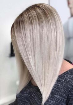 Explore here to see the most amazing trends of blonde hair colors to sport with long and sleek hairstyles in 2018. You may transform your existing hair colors into the beautiful blonde highlights to make them look more elegant and attractive. These are best styles of hair colors for modern ladies to sport in 2018.