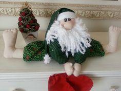 Papai Noel  descalço. ...ta muito calor....