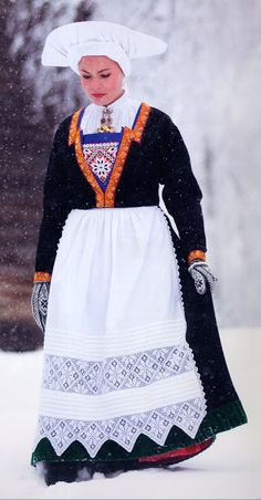 Hello all, Today I will cover the last province of Norway, Hordaland. This is one of the great centers of Norwegian folk costume, hav. Folk Costume, Costumes, Folk Clothing, Traditional Dresses, Norway, Lace Skirt, Folk Art, Midnight Sun, Crochet Afghans