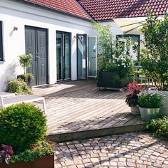 """Nice visit to the garden and my contribution of contest """"Rolling Forest"""" – Arkitektens … Outdoor Spaces, Outdoor Living, Outdoor Decor, Dream Garden, Home And Garden, Terrace Garden, Garden Inspiration, Exterior Design, Outdoor Gardens"""