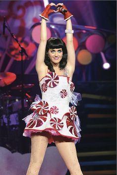 Katy-Perry-peppermint-dress