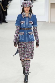 Chanel ready-to-wear autumn/winter '16/'17 - Vogue Australia