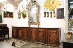 IMPORTANTE CREDENZA IN LEGNO DI NOCE, EPOCA 1600 - Il Balon -- Antichità di Claudio Fornasieri -- Mobili e oggetti antichi