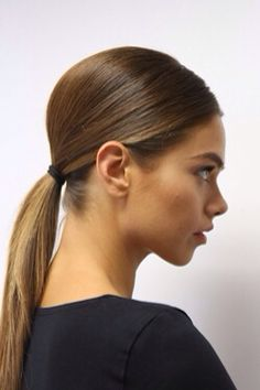 Sleek teased low pony #AritziaCleanSlate