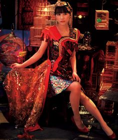 Perfume - Cling Cling - A-chan Perfume Jpop, Perfume Recipes, Solid Perfume, Actors, Short Skirts, Fashion Models, Saree, Portrait, Sari