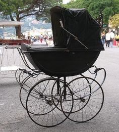 Photo: carriage pram vintage old. Description:Carriage transport vehicle, featuring pram vintage old.