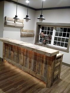 Ideas Pallet pallet-bar-and-bottle-racks - The creative people know how to use the recycled wood pallets to inspire others with their creation, nothing is better than the furniture that is. Bar Pallet, Pallet Bench, Pallet Wood, Pallet Counter, Counter Counter, Pallet House, Pallet Patio, Home Bar Designs, Basement Remodeling