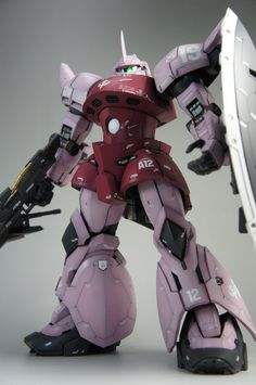 MG 1/100 Customized Build Char's GELGOOG CUSTOM CDA版シャア専用ゲルググ改 modeled by SHINO