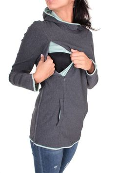 Viva la Mama | The cozy anthracite & mint long-sleeved nursing & maternity hoodie TALIKO has a comfortable and long cut but is stylish and casual as well. TALIKO makes discreet breastfeeding everywhere possible.