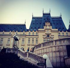 Iași, Romania #iasi #romania #castle #europe #romaniancastle #culture #architecture Romania, Cathedral, Castle, Louvre, Language, Europe, Culture, Architecture, Building