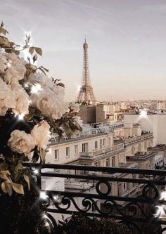 iphone wallpaper travel be kind<br> Paris Wallpaper, City Wallpaper, Wallpaper Desktop, Europe Wallpaper, Pastel Wallpaper, Wallpaper Backgrounds, Disney Wallpaper, Iphone Backgrounds, Wallpaper Quotes