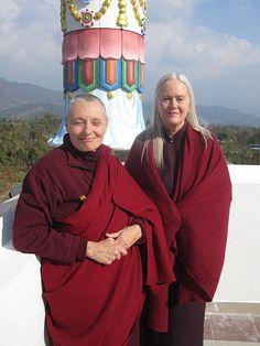 Jetsunma Tenzin Palmo and Lama Tsultrim Buddhist Nun, Buddhist Teachings, Buddhist Meditation, Buddha Buddhism, Tibetan Buddhism, Spirit Magic, Taoism, Do What Is Right, Dalai Lama