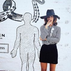 trop roug, black skirt, fashion, rouge, skirts, style, outfit, black white, hat