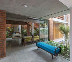 Gallery of Brick House / Architecture Paradigm - 13 Brick Architecture, Residential Architecture, Interior Architecture, Bungalow House Design, House Front Design, Villa Design, Terrace Floor, Pergola, Indian Home Design