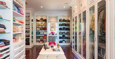 Beautiful luxury walk-in closet ideas for small and big house. Tags: luxury walk in closet, walk in closet ideas, walk in closet for small house, walk in closet for small room