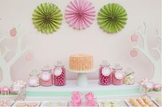 pink and green baby shower.except turn the pink into blue. Baby Shower Verde, Pink Dessert Tables, Pink Table, Lolly Buffet, Candy Buffet, Garden Baby Showers, Garden Shower, Candy Bar Party, Girl Themes