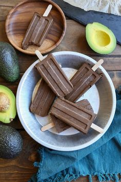Dairy-Free Fudgesicles made with avocado, cacao powder, pure maple syrup, and coconut milk for a vegan and paleo dessert! Sub carob for cacao for AIP Dog Recipes, Dairy Free Recipes, Vegetarian Recipes, Recipies, Keto Recipes, Gluten Free, Healthy Recipes, Paleo Dessert, Vegan Desserts
