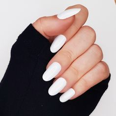 GK Nails Classic white