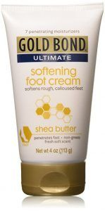 Gold Bond Ultimate Softening Foot Cream with Shea Butter, 4 Ounce Softens rough, calloused feet Penetrates fast Non-greasy Gold Bond Foot Cream, Best Foot Cream, Dry Cracked Heels, Cracked Feet, Nike Air Max, Dry Skin On Feet, Acide Aminé, Homemade Skin Care, Feet Care