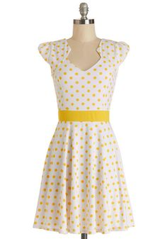 The Story of Citrus Dress in Lemon - White, Yellow, Polka Dots, Casual, A-line, Cap Sleeves, Summer, Knit, Good, Mid-length, Variation