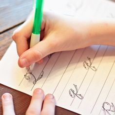 Printables to help kids practice their handwriting  penmanship. Did you know??? Penmanship and cursive writing is no longer taught in school? Cursive Handwriting Practice, Handwriting Sheets, Handwriting Worksheets, Writing Cursive, Teaching Cursive, Spelling Test, Practical Gifts, Kids Learning, Homeschool