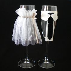 Pahare miri Wedding Glasses, Weeding, Halloween, House, Ideas, Home Decor, Decorations, Party, Crafts