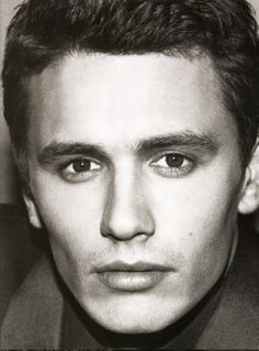 James Franco is so handsome. Clean shaven. Moustache/goatee. Long hair. Short hair. Black hair. Brunette hair. He can work it all! Haha