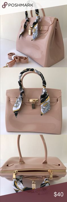 Jelly bean Tote Handbag Birkins style beach bag Nude, Beautiful waterproof, Birkin style jelly bag Handbag with gold plated hand ware. These bag are super chic and stylish. Would be great for that special occasion or for use as an everyday   Size: 29x1 5x22cm  Bag includes:  shoulder strap adjustable/removable  Lock not key operated   Twilly scarf Bags Shoulder Bags
