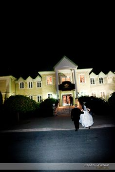 Chateau des Charmes bride and groom Boston, Groom, Bride, Mansions, House Styles, Home Decor, Wedding Bride, Mansion Houses, Homemade Home Decor