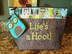 Thirty-One Gifts, 31 Gifts  Thermal Tote with Coin Purse